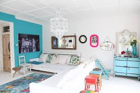 white rooms with bright pops of colors lushlee