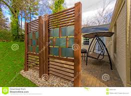 bedroom lovable backyard patio diy privacy fence image how build