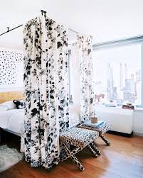 15 covet worthy canopy beds brit co patterned canopy while white beds look crisp and clean adding a patterned fabric canopy can bring the party to the bedroom bow chica wow via lonny