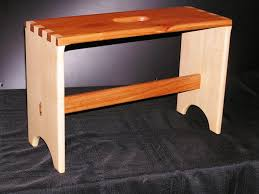 custom small maple and maghogany bench