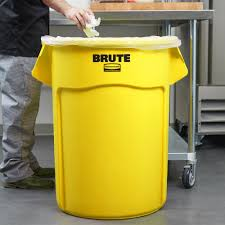Yellow Wastebasket Rubbermaid Fg265500yel Brute Yellow 55 Gallon Trash Can