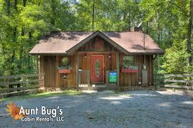 2 bedroom log cabin pigeon forge cabin rental rooster ridge cabin 231 2 bedroom