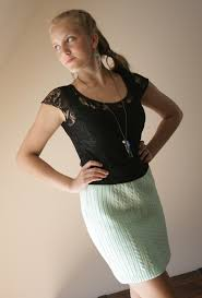 Upcycled Sweater Skirt - refashionista sweater into skirt tutorial pearls and scissors