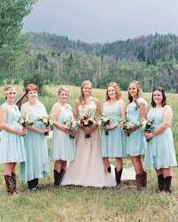 Gifts To Give The Bride From The Maid Of Honor Your Bridesmaid And Groomsmen Etiquette Questions Answered