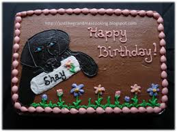 just like grandma u0027s black lab and flowers cake