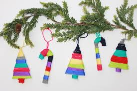 easy colorful yarn wrapped ornaments to make with the kids