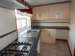 Bedroom Furniture Listers Whitegates Huddersfield 2 Bedroom Flat To Rent In Lister Lane