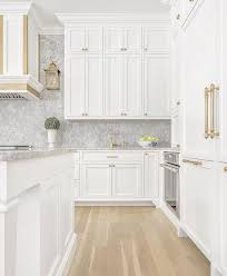 white shaker kitchen cabinets to ceiling white shaker cabinets the ultimate design guide