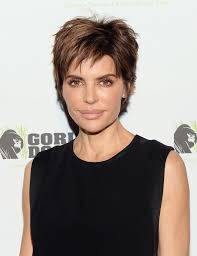 lisa rinna hair styling products achieve lisa rinna hair cut en flower