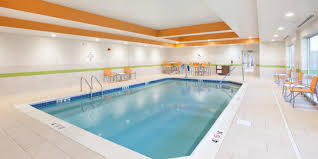 Holiday Inn Express & Suites Indianapolis NE Noblesville Hotel
