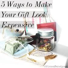 cheap gifts 5 ways to make your christmas gift look expensive citizens of beauty