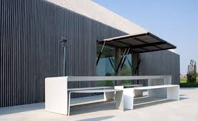 Sustainable Dining Table Modern Home Design Sustainable Barn House Shaped Outdoor Dining