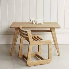 table chambre enfant chambre enfant table enfant en bois naturel deco de chambre simple