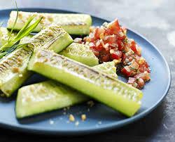 comment cuisiner un concombre les astuces concombre tomates et concombres de nos régions