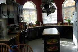 Kitchen Design With Windows by Appealing Modern Kitchen Design With Seamless Quarts Table Top