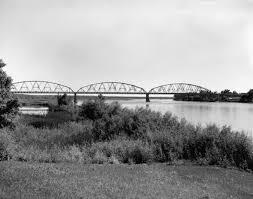 Liberty Memorial Bridge