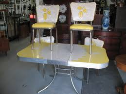 S Vintage Table And Chairs S CHROME AND FORMICA KITCHEN - Kitchen table retro