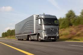 mercedes truck world premiere mercedes benz aerodynamics truck and trailer save