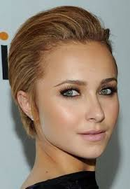 look at short haircuts from the back actress hayden panettiere looks particularly striking with her