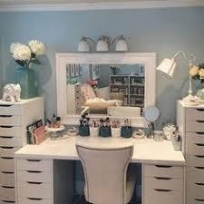 makeup vanity ideas for bedroom fashion blogger h o m e pinterest bedrooms dressing