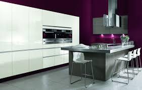 cuisine blanche design cuisine avec mur photos de design d intérieur et décoration
