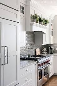 best true white for kitchen cabinets benjamin pm 2 white this is a true white for