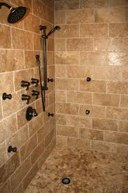 Ceramic Tile Bathroom Designs Ideas by Best 25 Travertine Shower Ideas On Pinterest Travertine