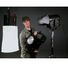 vibesta rayzr r7 200 200w led focus light spotlight daylight lamp