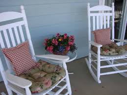 Rocking Chairs Like Cracker Barrel by January 2010 My Southern Heart