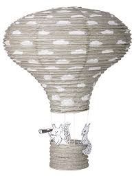 heißluftballon kinderzimmer bloomingville heißluftballon lenschirm eichhörnchen grau h