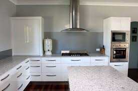 Brisbane Kitchen Designers L Shaped Kitchen Design Kitchen Gallery Brisbane Kitchens Brisbane