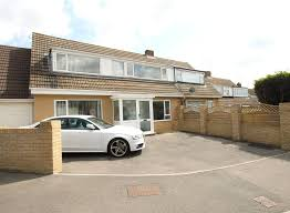 property to rent in strood robinson jackson