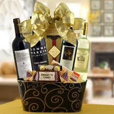 wine baskets taste of italy wine basket prime wines gift delivery