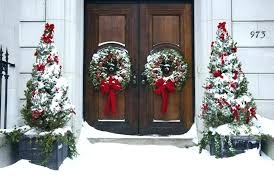 outside christmas decoration ideas outdoor christmas decorating ideas pictures outdoor