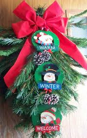 my door decoration recycle an tree top from a