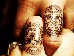 25 trending skull finger tattoos ideas on pinterest small skull