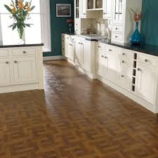 Kitchen Laminate Flooring by Decor Alluring Kitchen Installation Design With Laminated