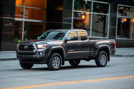 toyota hunting truck 2016 toyota tacoma v 6 first test review motor trend