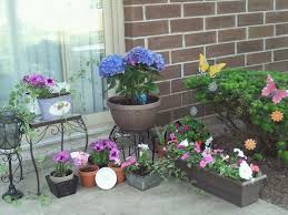 fabulous patio flower garden 17 best ideas about flower garden