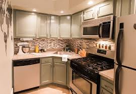kitchen colors with medium brown cabinets diy kitchen color schemes and paint ideas lowe s
