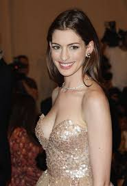anne hathway tits 29 best anne hathaway images on pinterest beautiful people
