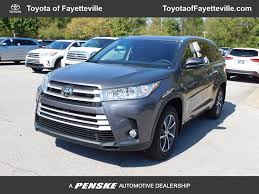 toyota highlander 2017 new toyota highlander xle v6 awd at toyota of fayetteville