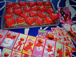 elmo valentines swoon for food elmo heart rice krispies for valentines