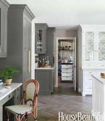kitchen color schemes with oak cabinets dark cabinets light countertops backsplash what color flooring go