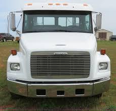 2000 freightliner fl50 business class truck item b4754 s