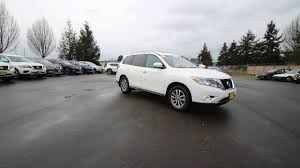 black nissan pathfinder 2014 2014 nissan pathfinder sv moonlight white ec656562 kent