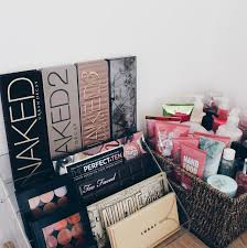 Things To Put On A Desk Best 25 Makeup Organization Ideas On Pinterest Makeup Storage