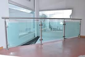 escalier garde corps verre découvrez le garde corps en verre nouvelle tendance déco