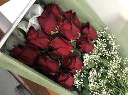 boxed roses roses bloomin boxes flower gift boxes and hers