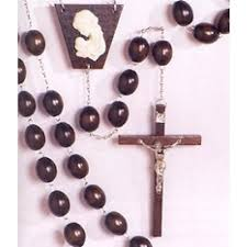wall rosary wood wall rosary 30 mm smooth brown wood 55 inches